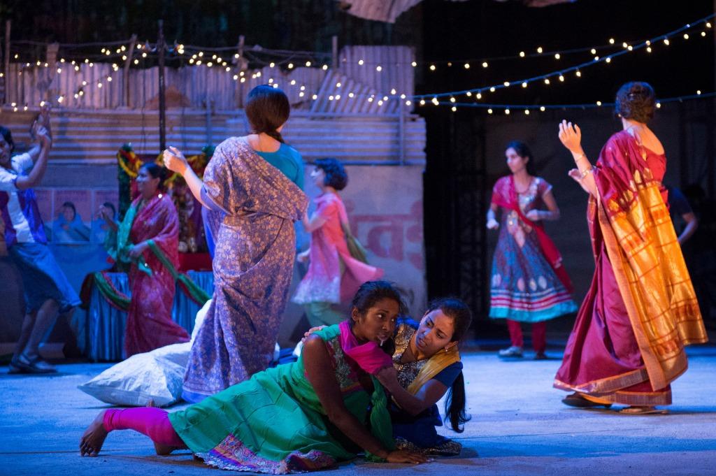 Navrati Festival - centre Annika Rose - Meena Chinnu, Anjana Vasan - Manju Waghekar Behind the Beautiful Forevers image by Richard Hubert Smith