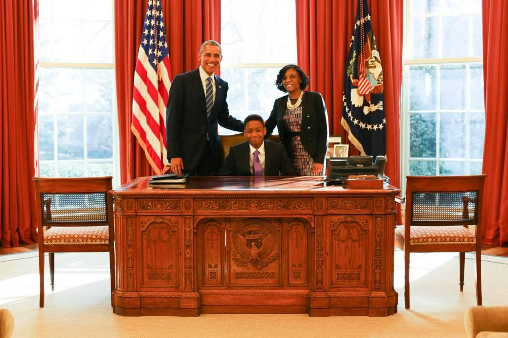 Vidal and Ms. Lopez meet President Obama Image source: www.facebook.com/humansofnewyork