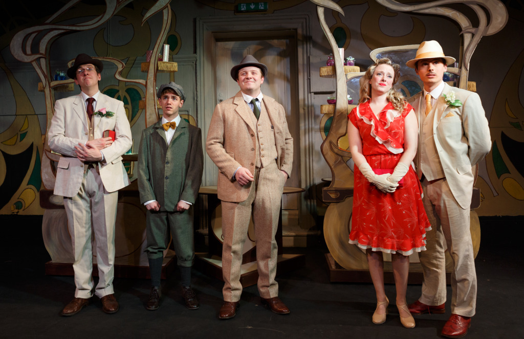 She Loves Me, Landor Theatre, 4th February - 7th March 2015, courtesy Darren Bell-1