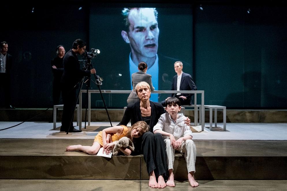 Eve Benioff Salama, Lia Williams, Ilan Galkoff & Angus Wright in Oresteia. Almeida Theatre. By Manuel Harlan
