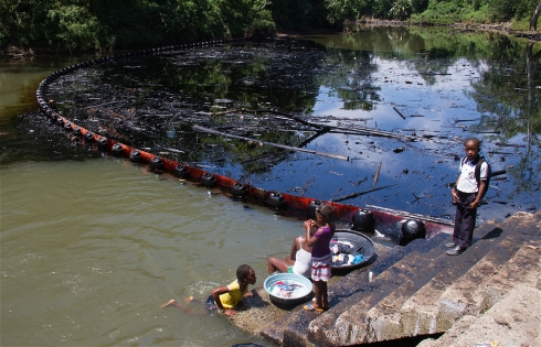 River polluted after a FARC oil spill. Photo Credit: Ombudsman